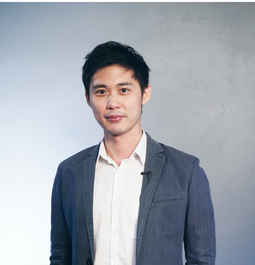 ชวรณ ธีระกุลชัย (No-Code Entrepreneur, Gravure Tech)   Skooldio Instructor